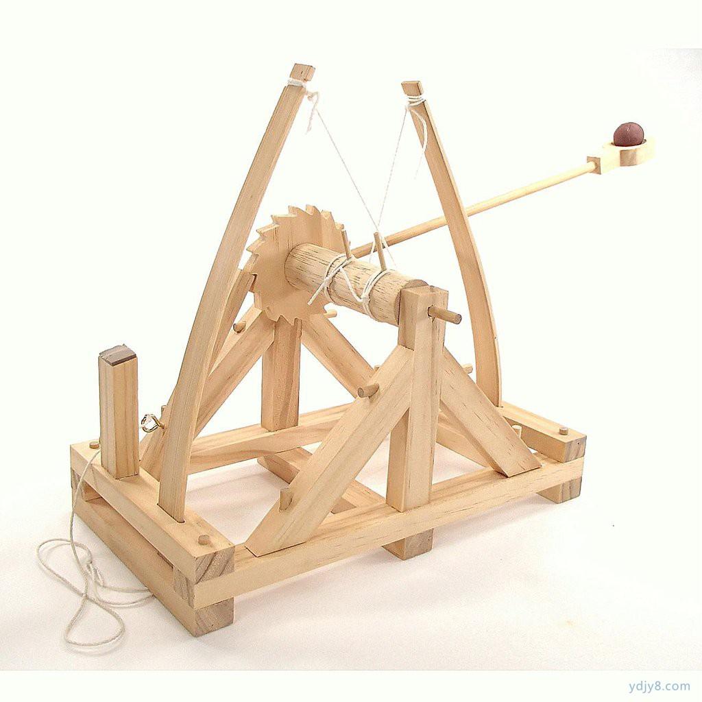 leonardo-da-vinci-catapult_1024x1024